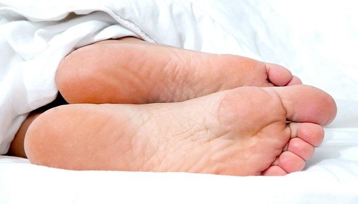 Feet Fungi by Nomidol cream